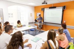 curso-de-ingles-en-malta-adultos-clases